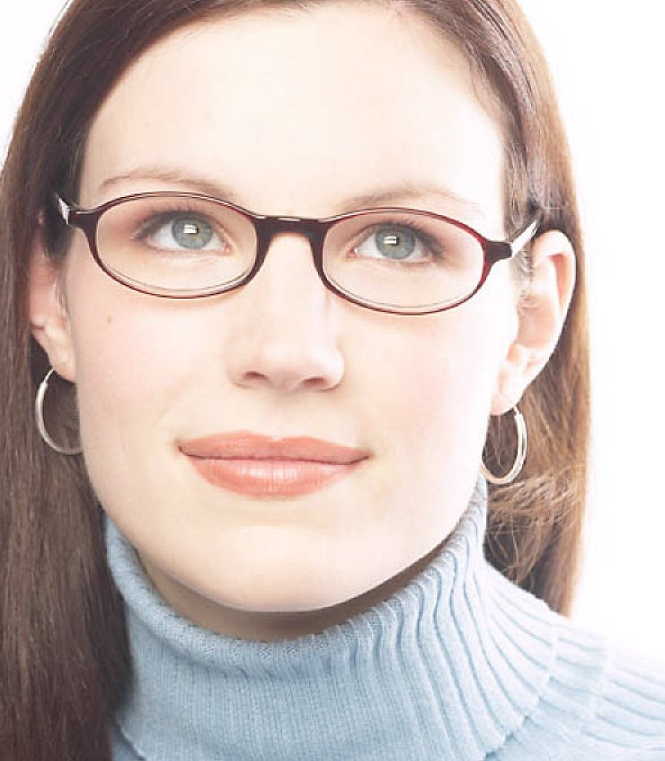 Are People Who Wear Glasses Smarter?