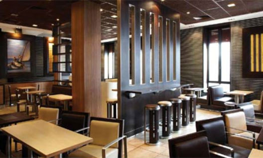 Mcdonald s in france for Amenagement restaurant interieur